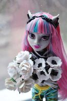 Flowers for monsters: Rochelle and white bouquette by ItSurroundsMe