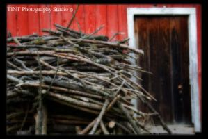 Red Barn by TINTPhotography