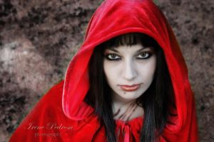 dark red riding hood by caperuccita