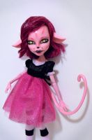 Cheshire cat girl repaint by Milk-and-Bunny