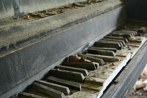 Piano by Suppa55