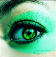 Queen of Green by MOMOroxette