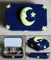 Moon Altoids box by elvaniel