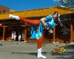 Chun Li's mighty kick by Jonboy2312