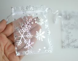100 Organza Snowflake Gift Bags FOR SALE by MonsterBrandCrafts