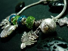 Bracelet - Green and Blue closeup by barananduen
