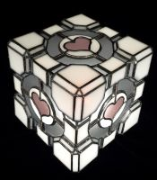Companion Cube Corner by DarkeVitrum