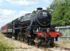 Steam Train no.44932 LMS Stanier Class 5 (Black 5) by AdrianDunk