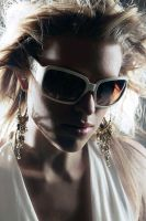 Sarah and shades by MissLoci