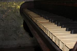 Piano by hurutotheguru