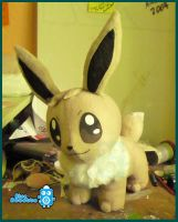 Shiny Eevee by BlueRobotto