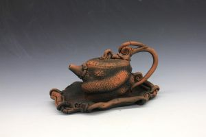 teapot and tray by dlwooten