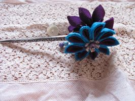 turquoise and purple kanzashi by yinco