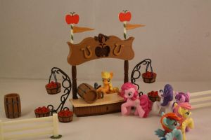 Blind Bag Pony Playset with Mane 6 [BBPP-1] by hazmatanddecon