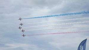Red Arrows (perform) (14) by Dan-S-T