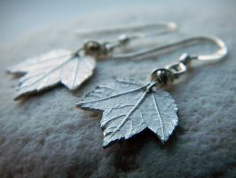 Silver Maple Leaf - Real Botanical Leaf Earrings by QuintessentialArts