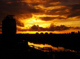 industrial sunset 11 by Estruda