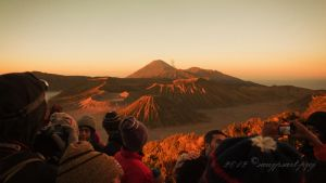 Enjoy the sunrise at Mount Bromo by sawjpsart-proj