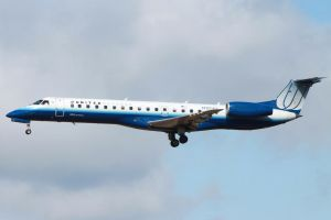ERJ-145 United Express by tdogg115