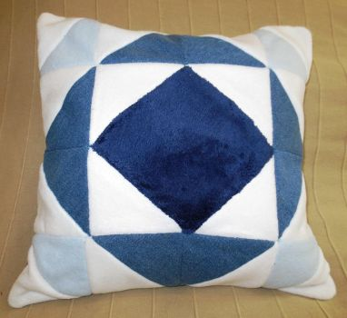 Recycled Patchwork Cushion Coussin en Recycle by MUbyGaelle