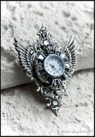 Winged watch by k-i-z-u-n-e
