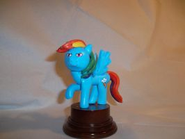 Rainbow Dash Statuette by McMesser