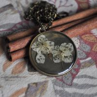 necklace by Crexcrexy