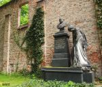 Sudlicher Friedhof in Munchen by iNaturel