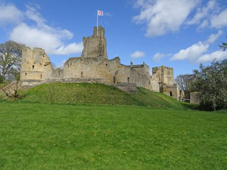 Prudhoe Castle (3) by omick