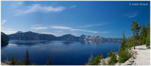 Crater Lake by ynissim