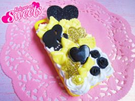 Yellow and Black Decoden Iphone 4/4S Case by kpossibles
