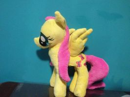 Fluttershy by Chanditoys