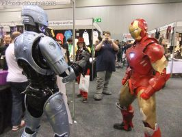 OZ Comic Con 2012 - Ironman vs RoboCop 1 by fulldancer-alchemist