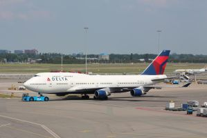 delta N665US by damenster