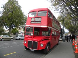 London Bus by RiverKpocc