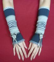 Grey lolita gloves by Estylissimo