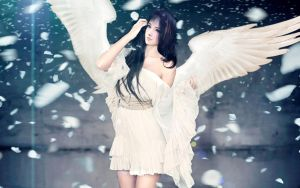 Pure White Angel by septian-febri-anto