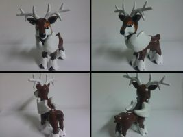 Winter Sawsbuck Sculpture