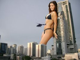 Brunette Giantess by ShapeShifterJacque