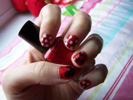 Mickey Mouse Nails by natsnails