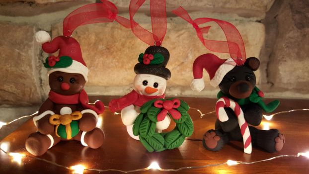 Christmas Ornaments: Sold by ohara916