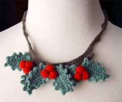 crochet holly berry necklace by meekssandygirl