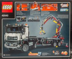 LEGO 42043 Mercedes-Benz Arocs by ryanthescooterguy