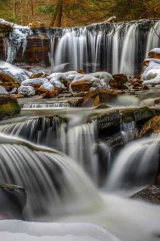 Oneida Falls by Digibug