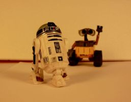 Hi R2 It's Wall-e by spunkyreal