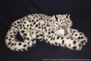 Folkmanis Snow Leopard Puppet by dapumakat