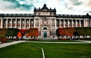 The Parliament House in autum by passionofagoddess