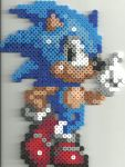 Sonic by Ravenfox-Beadsprites