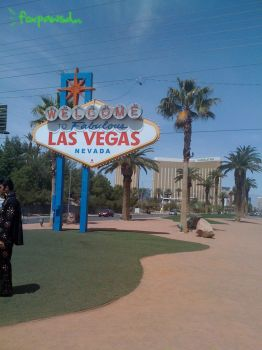 Las Vegas Welcome sign by foxpawsd