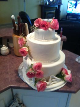 Wedding Cake by Bellepepper1